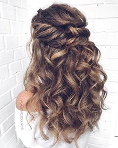 glamorous and timeless wedding hair half up half down hairstyles; wedding hairstyles trendy hairstyles and colors wedding hairstyles half up half down; wedding hairstyles for long hair; Wedding Hair Half, Wedding Hair And Makeup, Gown Wedding, Wedding Cakes, Wedding Rings, Wedding Dresses, Wedding Bride, Bridal Hair Half Up Medium, Half Up Half Down Wedding Hair