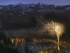 Fireworks over Donner Lake, California – Elizabeth Carmel you are an awesome photographer!