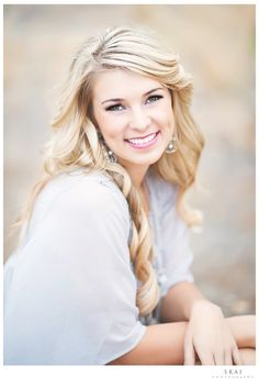 Beautiful Long Blonde Homecoming and Prom Hairstyle » Homecoming Hairstyles