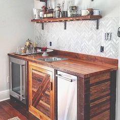 Reposted from @knotandgrain Use #mywworg to be featured Don't forget to tag your woodworking friends below ________________ #wood #woodworker #wooden #woodwork #woodworking #woodart #woodcraft #carpentry #carpenter #carpenters #woodshop #finewoodworking #craft #diy #doityourself #woodenfurniture #woodfurniture #wooddecor #woodporn #woodcrafts #woodcarving #woodcarver #rustic #vintage