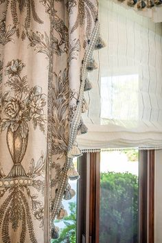 4 Simple And Creative Tips Can Change Your Life Upholstery Cushions Style Trim Roman Shades Texture Design