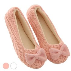 women sandals 2016 Ladies Home Floor Soft Indoor Slippers Outsole Cotton Bowknot Female Cashmere Warm Yoga Shoes zapatos mujer Knit Shoes, Crochet Shoes, Crochet Slippers, Yoga Chaud, New Fashion, Fashion Shoes, Fashion Women, Winter Fashion, Fashion 2017