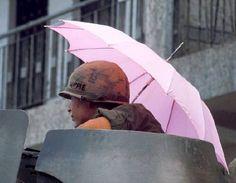Мне не нравится ваш розовый зонт