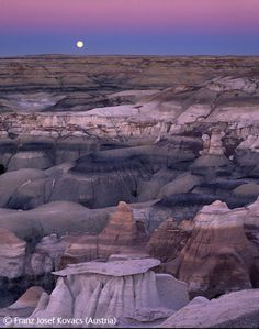 Moonrise over the Badlands - Franz Josef Kovacs - Wildlife Photographer of the Year 2008 : Wildscapes - Runner-up