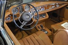 1972 Mercedes-Benz 280SE beautiful interior with Walnut accents