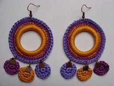 COMO NO TEMPO DA VOVÓ Diy Crochet Jewelry, Diy Crafts Crochet, Crochet Accessories, Jewelry Crafts, Jewelry Art, Crochet Projects, Crochet Earrings, Handmade Jewelry, Sewing Projects