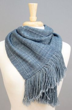 Weave this decadent scarf on your Cricket Loom! Designed by Judy Pagels using, Anzula Dreamy and Cricket.