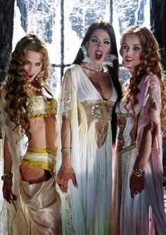 Dracula's Brides - Marishka, Verona & Aleera - Josie Maran, Silvia Colloca & Elena Anaya - Van Helsing