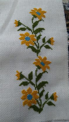 Cross Stitch Art, Cross Stitch Patterns, Flower Patterns, Crochet Patterns, Fillet Crochet, Embroidery, Stitch Patterns, Cross Stitch Embroidery, Towels