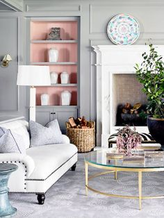Interior Designers Call These the & Paint Colors Ever& Best Interior Paint, Best Home Interior Design, Apartment Interior Design, Luxury Homes Interior, Luxury Home Decor, Interior Sketch, Interior Design Programs, Appartement Design, American Interior