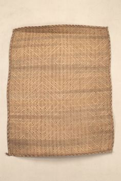 MAT AFRICAN ETHNOGRAPHIC COLLECTION Catalog No: 90.0/ 2033 Culture: VILI (LOANGO) Locale: LOWER CONGO?, MARITIME PROVINCE Country: CONGO FREESTATE Material: PLANT FIBER, CORD Dimensions: L:87 W:71 [in CM] Acquisition Year: 1907 [GIFT] Donor: BELGIAN GOVERNMENT
