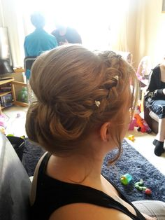 Bridesmaid hair #bridesmaidupdo #braids #updo #weddinghair