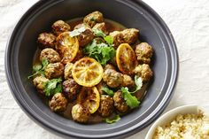The ground cinnamon pairs perfectly with the lamb in the kofta, adding a warm and spicy favour.