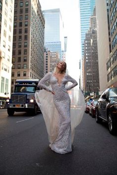 LIMOR BEN YOSEF לימור בן יוסף שמלות כלה, טלפון: 072-2160257  white dress | wedding gown | LIMOR BEN YOSEF | LIMOR BEN YOSEF 2018 | wedding dress | new collection 2018 | bridal fashion | שמלות כלה קולקציית 2018 | שמלת כלה | שמלת כלה מיוחדת | שמלת כלה רומנטית | שמלות כלה 2018 | שמלת כלה סקסית | לימור בן יוסף שמלות כלה | לימור בן יוסף שמלות כלה קולקציית 2018 | לימור בן יוסף 2018