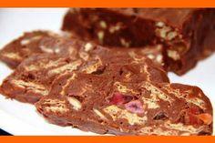 Domáca študenská pečať. Zloženie: Čokoládová hmota: 250g cera (alebo obyčajné maslo) 250g práškový cukor 3 celé vajcia 2-3 PL kakaový prášok  Plnka (mramorovanie) Polámané tortové oblátky,  rozdrvené vlašské orechy, arašidy (kľudne aj solené), nakrájané želé cukríky, hrozienka, brusnice, sušené jablká, banány, ananás, ... nasekané mandle ...