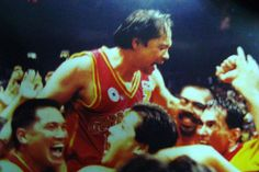 Robert Jaworski - once hailed as a living legend, is one of my idols! His age didn't factor into his athletic greatness and basketball became popular thanks to him and a few others like him in our country.