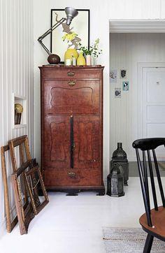 Keltainen talo rannalla: Vintagea, rustiikkia ja modernia
