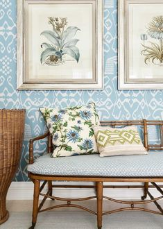 Home Decor Inspiration, Design Inspiration, Design Ideas, Decor Ideas, Mark Sikes, Southern Cottage, Southern Charm, Classic Living Room, Interior Decorating