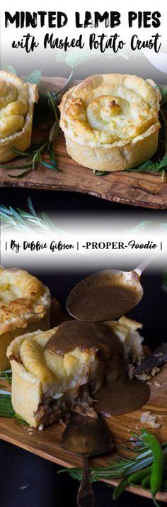 Minted lamb pie with potato top Geprägte Lammtorte mit Kartoffeloberseite Welsh Recipes, Lamb Recipes, Pie Recipes, Great Recipes, Cooking Recipes, Favorite Recipes, Recipies, Recipe Ideas, Quiches