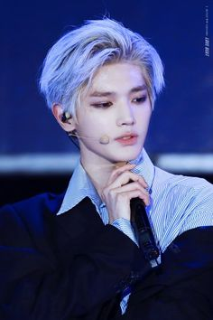 can you have too much Lee Taeyong like almost being visual poisoned by his flawlessness? Jonghyun, Shinee, Lee Taeyong, Nct 127, Winwin, K Pop, Rapper, Bts Boys, Korea