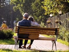 What is a Baby Boomer and What Are Baby Boomers Looking For In A Date?