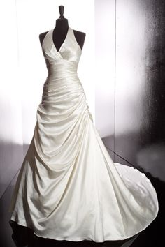 Wedding Dress - Nona; This would be the perfect dress if it were a sweetheart neckline.