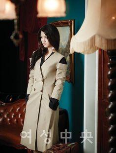 Nam Bo Ra wants an image change in 'Women's JoongAng'! Nam Bo Ra, Korean Entertainment, Little Sisters, Interview, Actresses, Change, Tv, Coat, Jackets