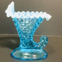 Pottery & Glass Art Glass Smart Vintage Fenton Blue Opalescent Hobnail Glass Mini Cornucopia Vase With Label High Safety