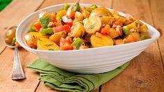 Mediterranean-style Warm Potato Salad #glutenfree Vegan Gluten Free, Gluten Free Recipes, Vegetarian Recipes, Mediterranean Style, Mediterranean Recipes, Warm Potato Salads, Peppers And Onions, Bell Pepper, Salad Bowls