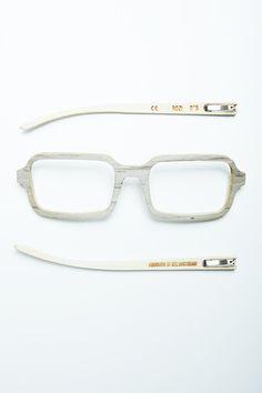No.5 Oak, handmade, wooden sunglasses by Rozi Handcrafted Sunglasses