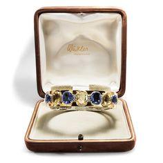 Sommerliche Pracht - Spektakulärer Saphir-Armreif mit Diamanten in Gold, Günter Winkler (Augsburg), um 1955 von Hofer Antikschmuck aus Berlin // #hoferantikschmuck #antik #schmuck #antique #jewellery #jewelry