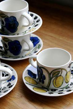 Arabian Paratiisi-sarjan kuppeja / By Risulinna / All rights reserved Tea Cups, Tableware, Decor, Dinnerware, Decoration, Tablewares, Decorating, Dishes, Place Settings