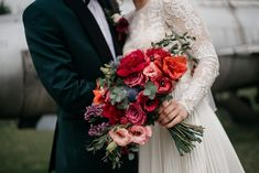 Wedding Bouquets, Wedding Dresses, Garden Wedding, Nasa, Wedding Designs, Wedding Planning, Floral Wreath, Bridesmaid Dresses, Wreaths