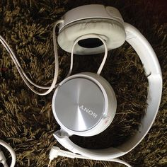 #gadget #gadgets #headphones #headphonesony #sonymalaysia #sonymy @sony @sonymalaysia #sony #earphones #earphone #white #pure #lifestyle #relaxtime #relax #life #techblogger #techblog #music #音乐 #科技 via Earphones on Instagram - Best Sound Quality Audiophile Headphones and High-Fidelity Premium Earbuds for Hi-Fi Music Lovers by AudiophileCans