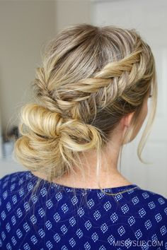 I always love creating these themed tutorials and todays features 3 fishtail braid hairstyles. These hairstyles are all casual enough for wearing everyday which is the type of style that gets requested the most. With a combination of a low bun, high bun, and half…