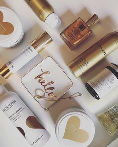 Goldige Produkte auf www.bestkosmetik.de Facebook Instagram, Aloe Vera, Shampoo, Makeup, Beauty, Products, Make Up, Beauty Makeup, Beauty Illustration
