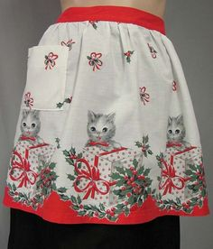 1950s Cotton Christmas Apron ~ Darling Little Kittens
