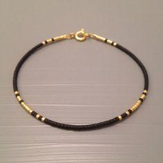 Everyday bracelet Minimalist bracelet by ToccoDiLustro Tous les jours . - Everyday bracelet Minimalist bracelet by ToccoDiLustro Tous les jours Bracelet Bracelet minimaliste - Simple Bracelets, Simple Jewelry, Delicate Jewelry, Stylish Jewelry, Jewelry Trends, Jewelry Accessories, Jewelry Design, Diy Schmuck, Schmuck Design