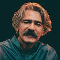 Kayhan Kalhor (Persian: كيهان كلهر‎‎, Central Kurdish: کەیھان کەلھور‎, Kurdish: Keyhan Kelhur‎; also Romanized as Keyhan Kalhor and Keyhān Kalhor) (born 24 November, 1963 in Kermanshah, Iran) is an Iranian Kamancheh player, composer and master of classical Kurdish and Iranian traditional music.
