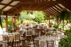 Washington State Wedding Venues On A Budget Affordable Seattle Froggsong Gardens