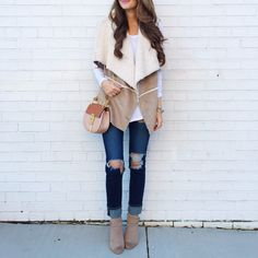 Check out the new collection of Long, short, wool or leather, the coat is the essential piece that will enhance your fall outfit! Fall-winter outfits fall clothes for women Western Outfits, Casual Outfits, Cute Outfits, Fashion Outfits, Rock Outfits, Party Outfits, Night Outfits, Fashion Fashion, Fashion Ideas