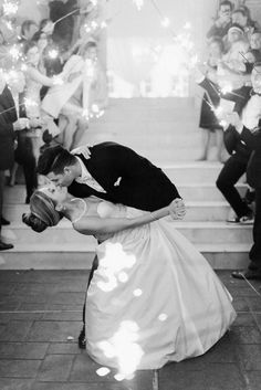 The dreamiest sparkler kiss! Photography : Dana Fernandez Photography Read More on SMP: http://www.stylemepretty.com/little-black-book-blog/2016/07/22/bright-pink-glamorous-gold-wedding/
