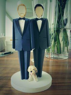 Jesse Tyler Ferguson & Justin Mikita gay wedding cake topper!