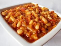 Zacusca de fasole boabe - CAIETUL CU RETETE Canning Vegetables, Romanian Food, Chana Masala, Preserves, Salads, Vegan Recipes, Food And Drink, Cooking, Ethnic Recipes