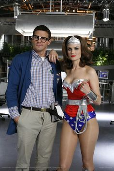 Would be a great couple costume. Dressing up like fictional characters dressing up for halloween.