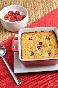 Raspberry and White Chocolate Baked Oatmeal - I think this might be my new favourite combination for baked oats. Its delicious for a snack or dessert.