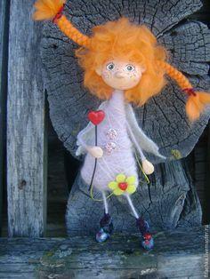"Купить Ангелочек ""Веснушка"" - рыжий ангелочек, рыжик, конопушка, косички, сердечки, божья коровка Advent, Wool Dolls, Arte Country, Marionette, Fabric Toys, Soft Sculpture, Needle Felting, Art Dolls, Dinosaur Stuffed Animal"