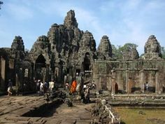 Backpacking Southeast Asia is one of the most thrilling adventures ever! Don't miss this vital travel guide for information, photos, videos, and tips for your trip! Thailand Travel, Asia Travel, Backpacking Asia, Travel And Leisure, Travel Tips, Angkor Wat, Cool Countries, Summer Travel, Southeast Asia