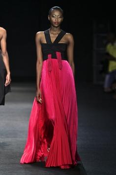 Thula Sindi: 2012 Mercedes-Benz Fashion Week Africa || Photo Credits: © SDR, Simon Denier