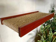 Handmade Cat Shelf sisal & wood от maxthecatdesigns на Etsy